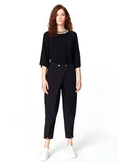 Mizalle Asimetrik Detaylı Pantolon Siyah